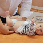 Wie Osteopathie Babys hilft