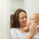 So entsteht Zahnkaries bei Milchzähnen